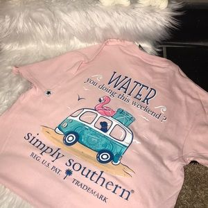🍍NWT Simply Southern T-shirt✨